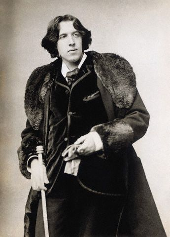 ca. 1870s-1890s --- Oscar Wilde (1854-1900), Irish writer and playwright. --- Image by © Bettmann/CORBIS
